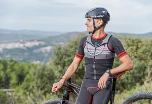 Lurbel's second skin vest, Kylie Bike, now released for cycling